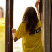 How-to-clean-windows-at-home.