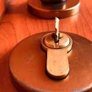 How to remove a broken key from the lock, quickly and easily!
